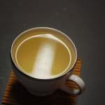 Una Tazza di Tè Bianco: Ricco di antiossidanti, polifenoli e flavonoidi